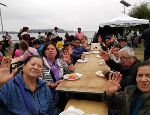 El pescado frito más grande de Chile: Puerto Domínguez superó su meta y entregó 1590 porciones a turistas