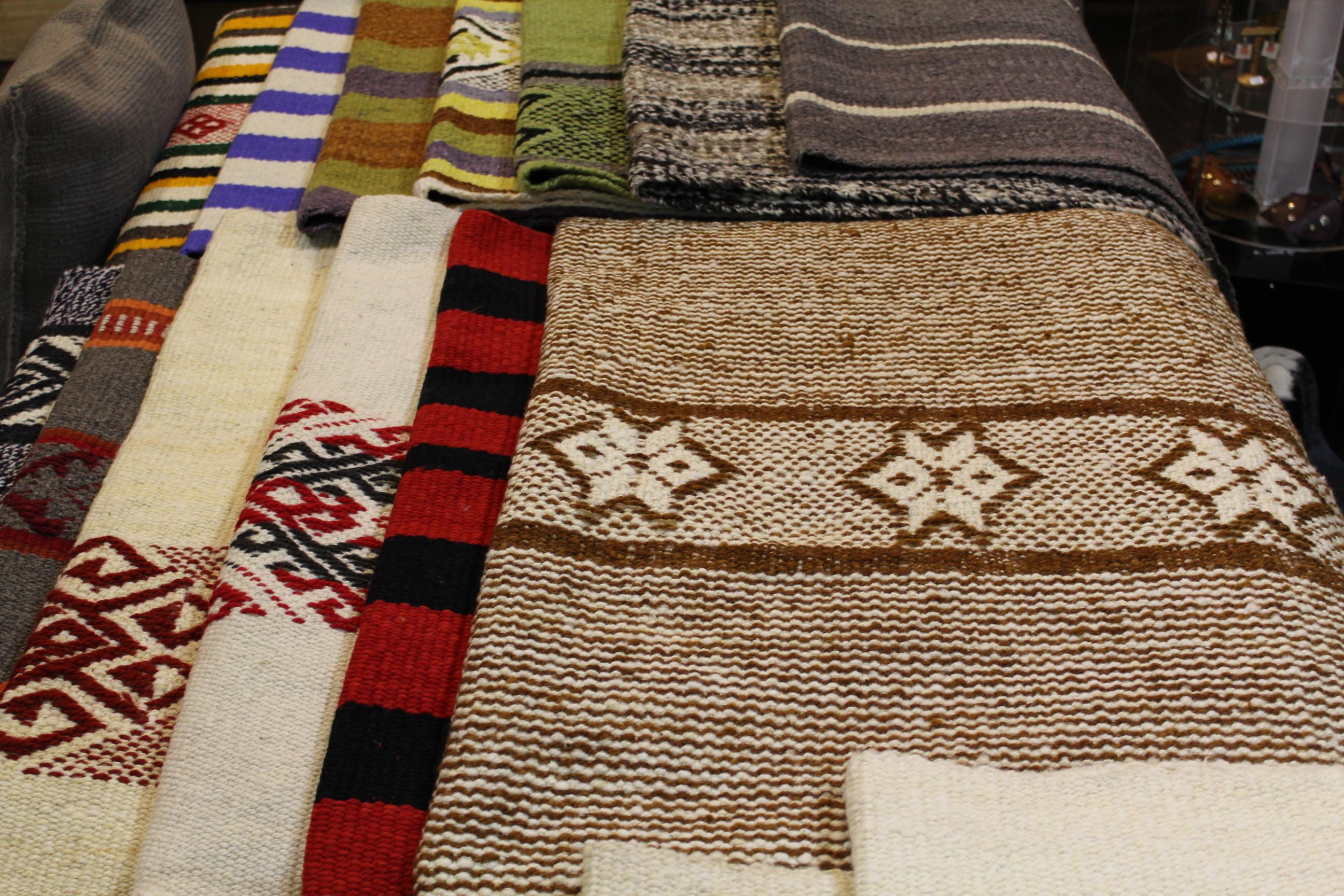 Textilería y Platería Mapuche – Folil Araucanía – Temuco