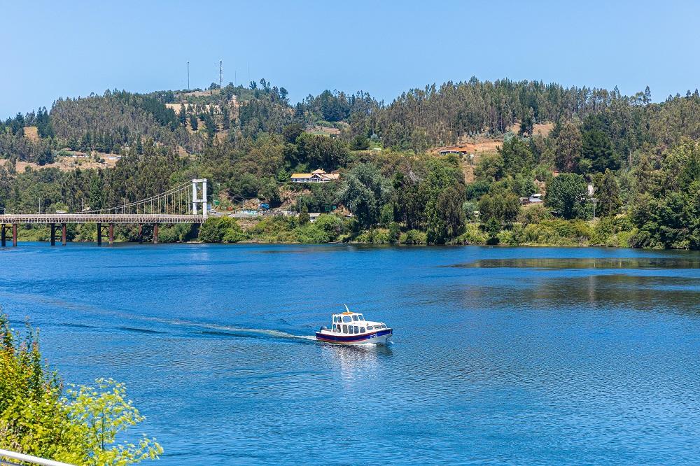 Los 22 emprendimientos de la Ruta Fluvial Carahue Navegable listos para partir la temporada de un verano seguro